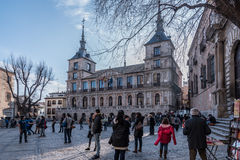Plaza Del Ayuntamiento vor der Kathedrale der Heiliger Maria von Toledo, Spanien stockbild