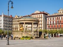 Plaza del Castillo - Pamplona fotos de stock