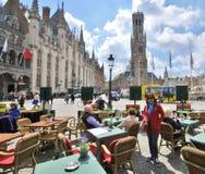 Plaza del mercado, Brujas Imagenes de archivo