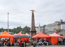 Plaza del mercado de Helsinki Imagenes de archivo