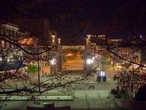 Plaza del mercado, Knoxville, Tennessee, los Estados Unidos de América: [Vida de noche en el centro de Knoxville] foto de archivo