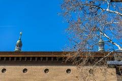 Plaza del Pilar fyrkant i Zaragoza, Spanien royaltyfria foton