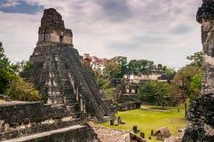 Plaza della conduttura di Tikal Fotografia Stock Libera da Diritti