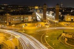 plaza des espanya Βαρκελώνη Ισπανία τη νύχτα Στοκ Εικόνες