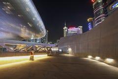 Plaza do projeto de Dongdaemun em Seoul, Coreia do Sul imagem de stock