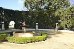 Plaza entourée par la haie Image libre de droits
