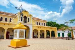 Plaza et marché dans Mompox Image libre de droits