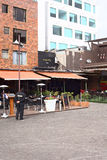 Plaza Foch dans le secteur de touristes de Mariscal de La à Quito, Equateur Image libre de droits