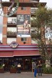 Plaza Foch dans le secteur de touristes de Mariscal de La à Quito, Equateur Images stock