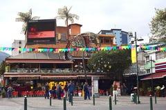 Plaza Foch en distrito turístico hemorroidal del La en Quito, Ecuador Foto de archivo libre de regalías