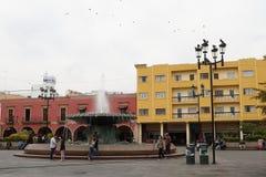 Plaza Fundadores pendant le matin, Léon, Guanajuato photographie stock libre de droits