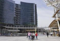 Plaza Gael Aulenti en Milán Imagen de archivo libre de regalías