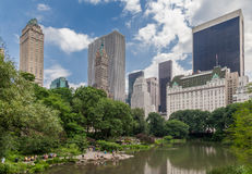 Plaza Hotel Lake in Central Park Royalty Free Stock Photography
