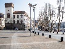 Plaza Mario Cermenati en la ciudad de Lecco imagen de archivo libre de regalías