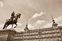 Free Plaza Mayor, Madrid Royalty Free Stock Images - 25039309