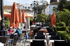 Plaza Naranja, apelsinfyrkant i Marbella på Costa del Sol Spain Arkivfoto