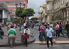 Plaza peatonal de Juan Rafael Mora Calle 2, San Juan, Costa Rica del área Fotografía de archivo