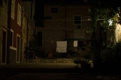 Plaza pittoresque de Lit avec la blanchisserie dans Dubrovnik, Croatie photographie stock