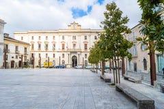 Plaza principal en Potenza, Italia Foto de archivo libre de regalías