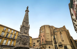 Plaza San Domenico Maggiore, Nápoles foto de archivo libre de regalías