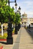 Plaza Tapatia que conduz às cabanas de Hospicio Foto de Stock Royalty Free