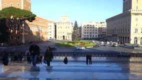 Plaza Venezia en Roma en el tiempo de Navidad metrajes