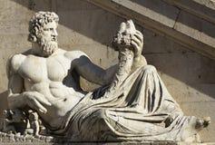 Plaza Venezia - Roma, Italia de la estatua. Foto de archivo libre de regalías