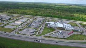 Plaza video Fort Drum la Florida del servicio de la carretera de peaje del abejón aéreo metrajes