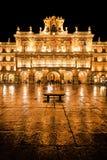 Plazaborgmästare i Salamanca på natten Royaltyfri Fotografi