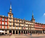 Plazaborgmästare i solig dag. Madrid Spanien royaltyfri fotografi
