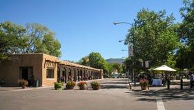 Plazaen i Santa Fe som är ny - Mexiko arkivbild