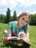 plciowy blondynka notatnik pisze Obrazy Stock