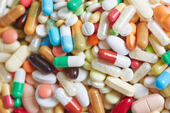 Píldoras, cápsulas y tabletas como medicina Imagen de archivo libre de regalías