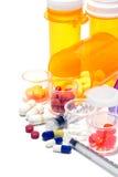 Píldoras de la prescripción y medicación farmacéutica Imágenes de archivo libres de regalías