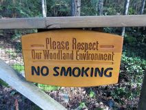 No smoking sign on Sunshine Coast trail, BC, Canada stock photography