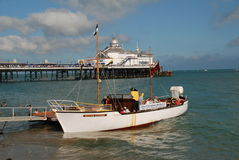Pleasure cruise boat, Eastbourne. Pleasure cruise boat the William Allchorn embarking passengers at its mooring close to Eastbourne pier on August 16, 2009 in Stock Photos