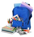 Plecak dla szkolnego materiały uczenie odizolowywającego obrazy stock