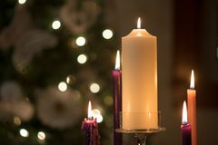 Plein Advent Wreath le réveillon de Noël Photographie stock