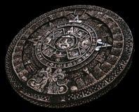 Plein calendrier maya en pierre de la distance Images libres de droits