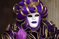 Plein costume décoratif dans le carnaval de Venise Image libre de droits