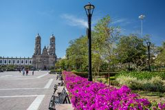 Plein DE las Amerika en kerk, Zapopan, Guadalajara, Mexico Stock Afbeelding