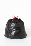 Plein sac à ordures photographie stock