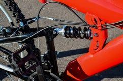 Plein vélo de montagne de suspension Photos stock
