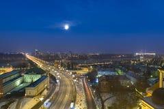 Pleine lune au-dessus de Varsovie Photographie stock libre de droits