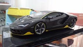 Pleine voiture modèle d'échelle de carbone de Lamborghini Centenario Images libres de droits