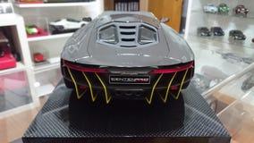 Pleine voiture modèle d'échelle de carbone de Lamborghini Centenario Photos libres de droits