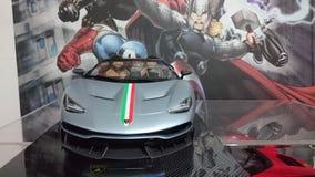 Pleine voiture modèle d'échelle de carbone de Lamborghini Centenario Photographie stock libre de droits