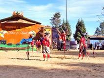 Plemienni artyści w dzioborożec festiwalu, Kohima zdjęcie stock
