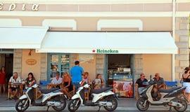 Plenerowa kawiarnia (Grecja) Obraz Royalty Free