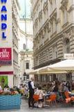 Plenerowa restauracja & kawiarnia, Wiedeń, Zdjęcie Royalty Free